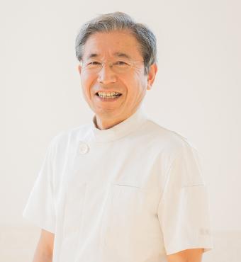 院長・獣医師 奥村吉孝